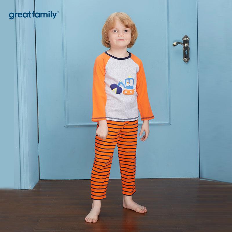 歌瑞家(Greatfamily)A类双面布纯棉男童花灰色小推土机图案橘色插肩袖上衣橘蓝色条纹裤子圆领套装/家居套装