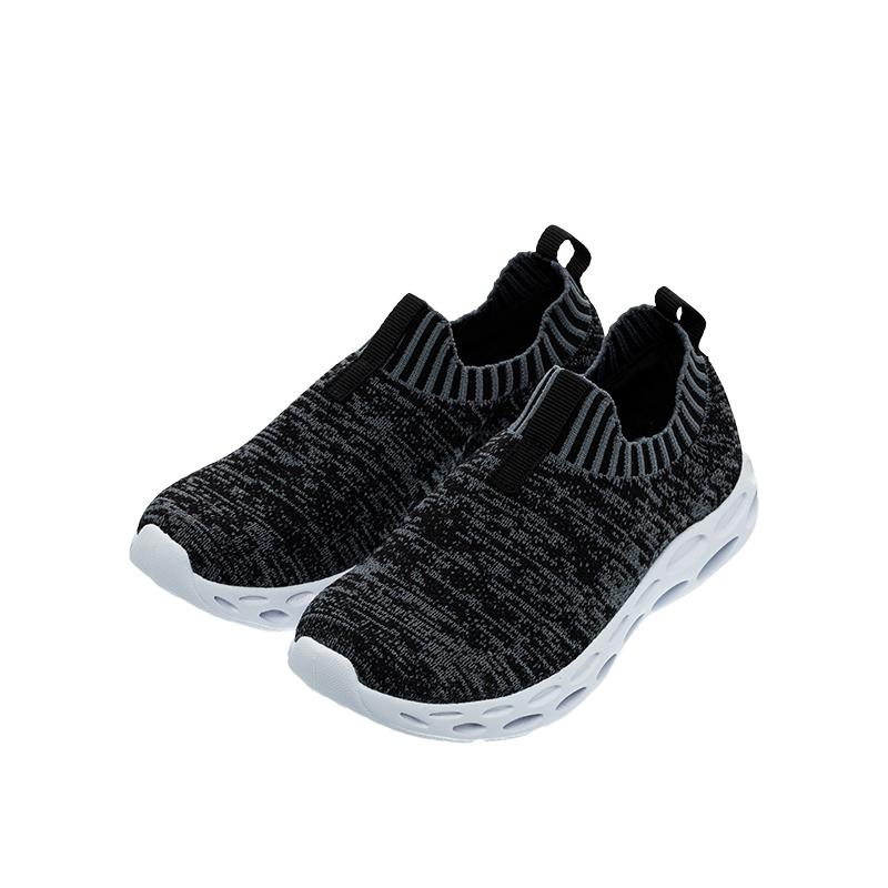 歌瑞家(greatfamily)男婴时尚跑鞋GKS1-010SH黑16CM双