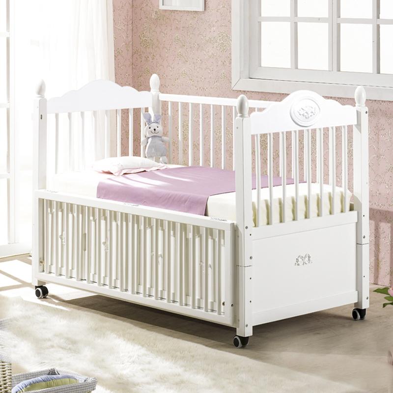 宝利源明 星代言婴儿床 白色