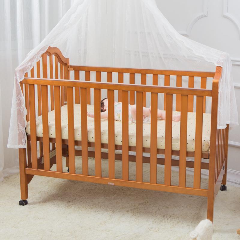 贝乐堡夏洛特欧式胡桃色婴儿床